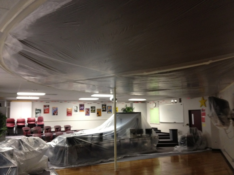 highschool ceiling and equipement enclosure